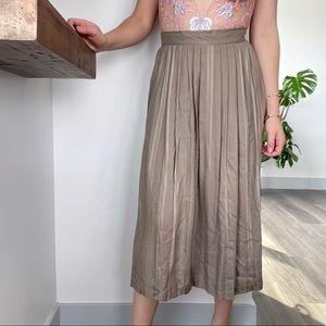 💙5/$30 Vintage Taupe Pleated Midi Skirt s